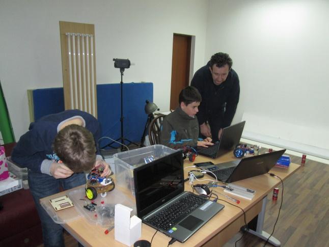 Križ - radionica Arduino/Lego/Fiscertechnik/Pro-bot