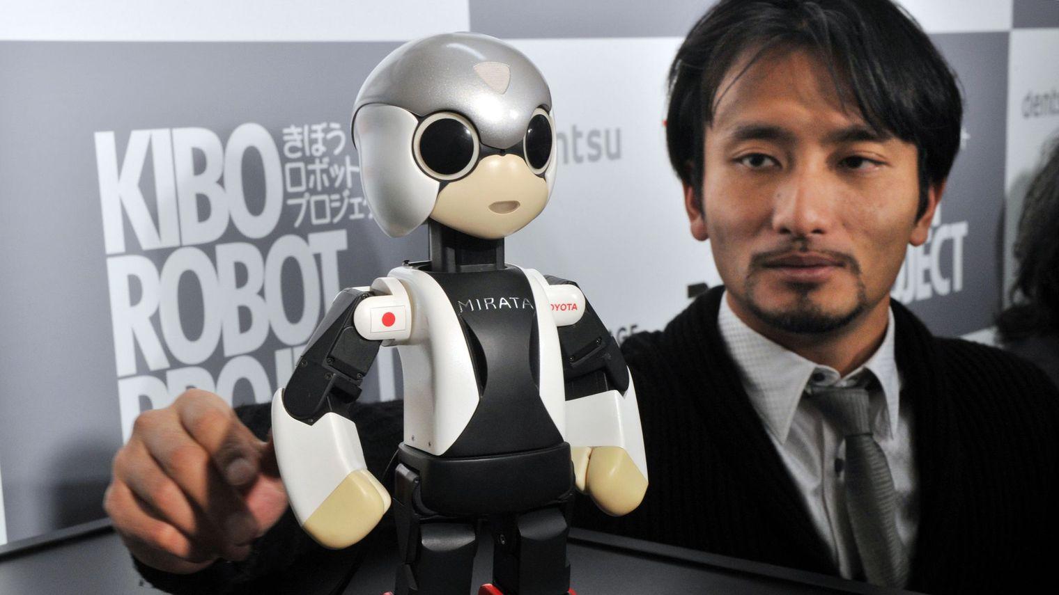 prof. Tomotaka Takahashi
