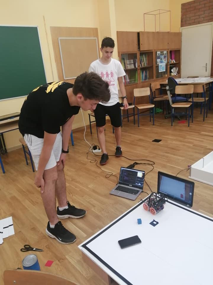 Školska-knjiga-CRO-Team